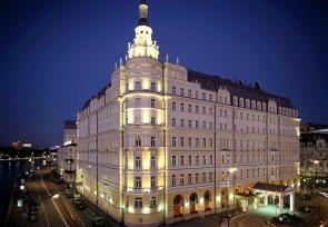 莫斯科、圣彼得堡7天文化艺术之旅第1-3天:莫斯科莫斯科巴尔舒格凯宾斯基酒店 www.lhw.cn
