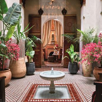 馬拉喀什皇家曼蘇爾酒店{Royal Mansour Marrakech) www.533304.buzz