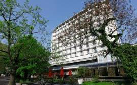 阿尔索夫希洛斯花园酒店(Althoff Hotel am Schlossgarten)  www.lhw.cn