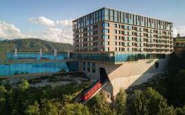 布尔根施托克酒店(Buergenstock Hotel & Alpine Spa)  www.lhw.cn