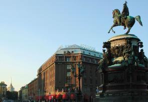 莫斯科、圣彼得堡7天文化艺术之旅第4-7天:圣彼得堡洛克福特阿斯托利亚酒店 www.lhw.cn