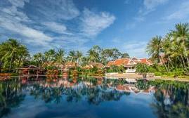 苏梅岛圣缇丽海滩度假水疗酒店(Santiburi Beach Resort and Spa)  www.lhw.cn