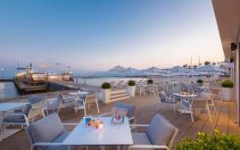 巴里耶尔马杰斯迪克酒店(Hotel Barriere Le Majestic Cannes)  www.lhw.cn