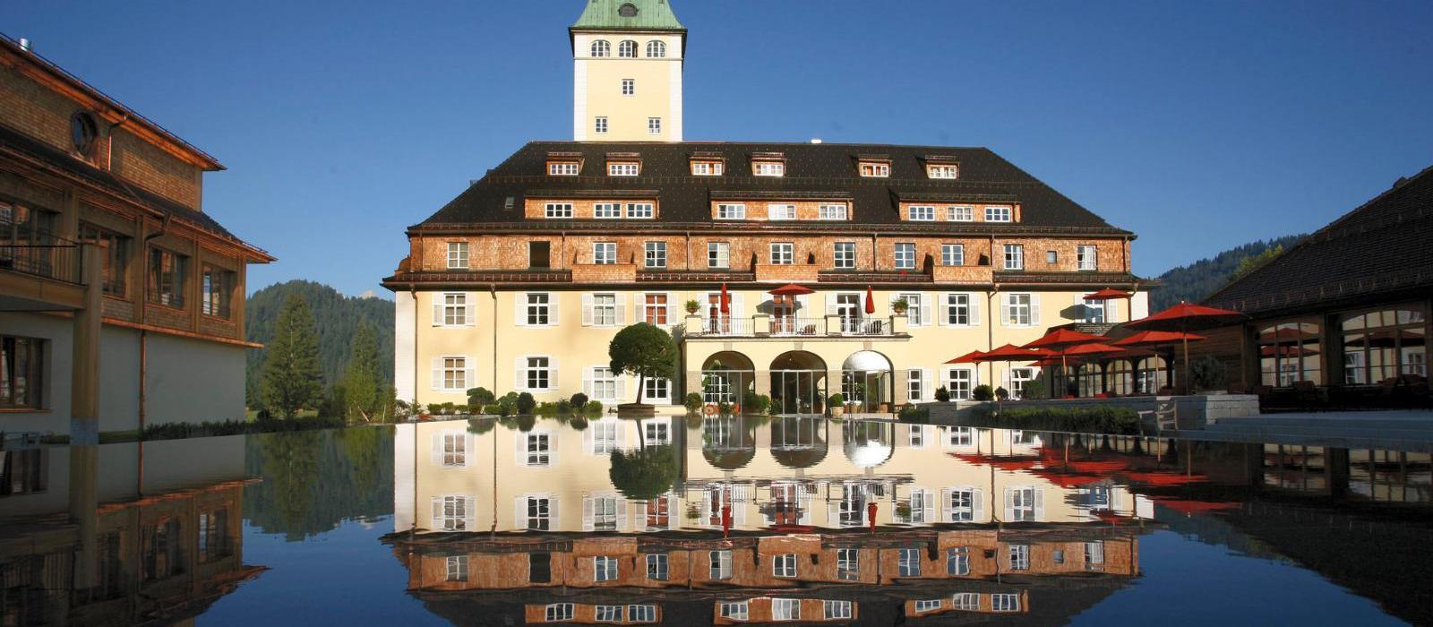 埃尔盟奢华水疗艺术宫殿酒店(Schloss Elmau Luxury Spa Retreat & Cultural Hideaway) 图片  www.lhw.cn