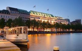 费尔蒙四季酒店(Fairmont Vier Jahreszeiten)  www.lhw.cn