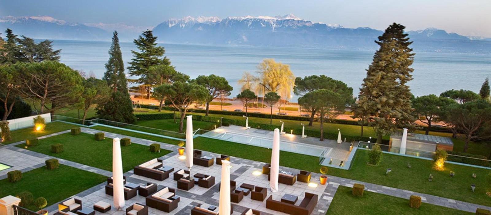 洛桑美岸皇宫大酒店(Beau-Rivage Palace Lausanne) 大堂吧图片  www.lhw.cn