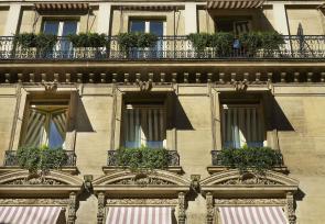 巴黎和法国里维埃拉8日浪漫之旅第1-3天:巴黎兰卡斯特酒店 www.lhw.cn