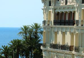 巴黎和法国里维埃拉8日浪漫之旅增选行程:摩纳哥蒙特卡洛巴黎大饭店 www.lhw.cn
