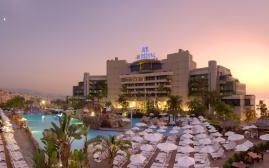 贝鲁特皇家度假酒店(Le Royal Hotel Beirut)  www.lhw.cn