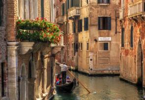 经典意大利之旅:威尼斯、佛罗伦萨、罗马 www.lhw.cn