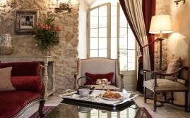 圣彼得庄园酒店(Borgo Santo Pietro)  www.lhw.cn