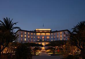 巴黎和法國里維埃拉8日浪漫之旅第4-5天:蔚藍海岸卡普費拉海濱酒店 www.yisecj.live
