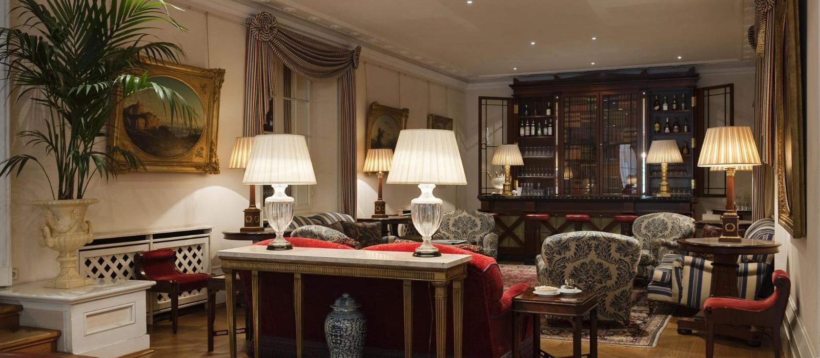 海森霍夫大酒店(Grandhotel Hessischer Hof) 酒廊图片  www.lhw.cn
