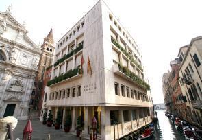 经典意大利之旅:威尼斯、佛罗伦萨、罗马第5-7天:浪漫威尼斯博尔宫酒店 www.lhw.cn