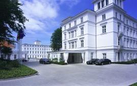 海利根达姆豪华酒店(Grand Hotel Heiligendamm)  www.lhw.cn