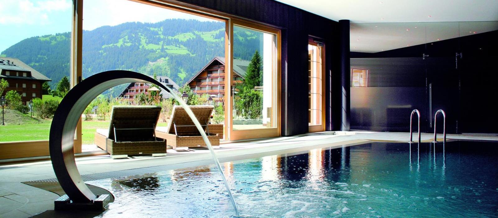 瑞峰木屋水疗度假酒店(Chalet Royalp Hotel & Spa) 图片  www.lhw.cn