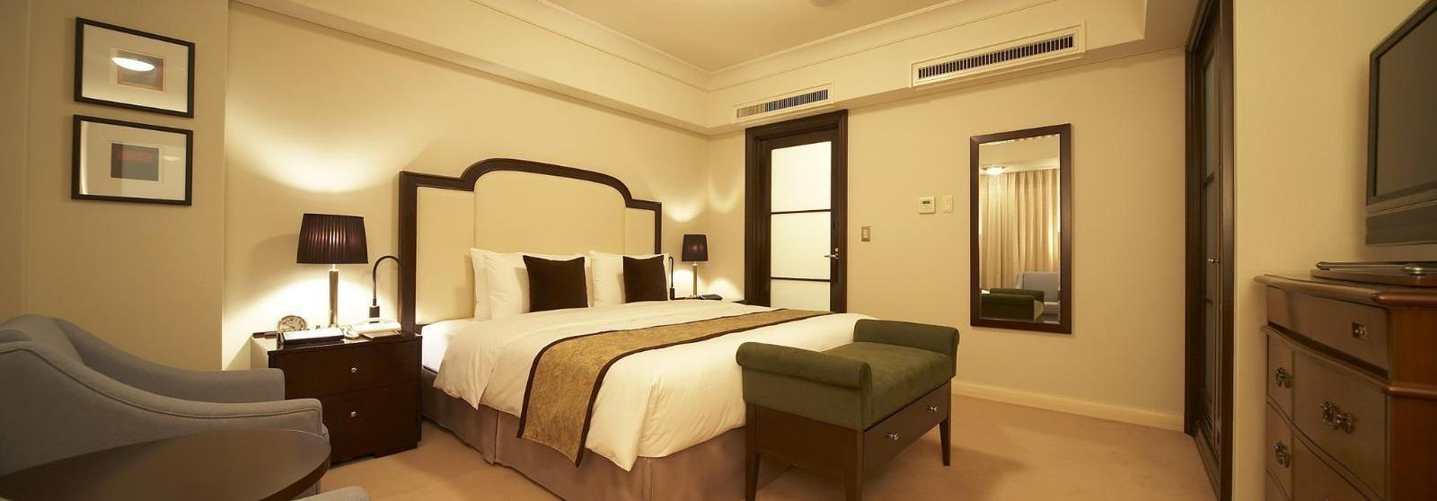 东京帝国酒店(Imperial Hotel Tokyo) 行政楼层转角客房图片  www.lhw.cn