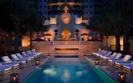 阿奎丽娜海滩度假酒店(Acqualina Resort and Spa)  www.lhw.cn