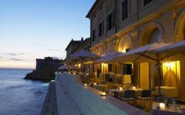 拉波斯塔维奇亚别墅酒店(La Posta Vecchia Hotel)  www.lhw.cn