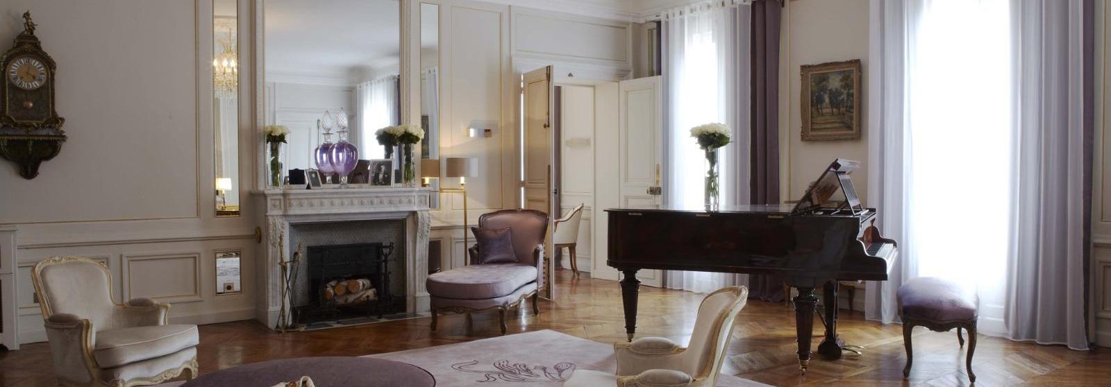 兰卡斯特酒店(Hotel Lancaster) 玛莲娜·迪特里茜套房起居室图片  www.lhw.cn