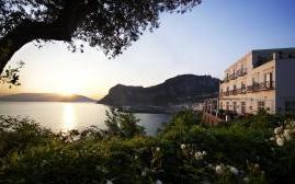 卡普里锦凯酒店(J.K. Place Capri)  www.lhw.cn