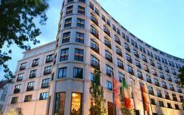 洛克福特查尔斯酒店(Rocco Forte Charles Hotel)  www.lhw.cn