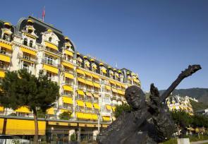 日内瓦到苏黎世8日纯美之旅第1-2天:日内瓦湖费尔蒙特莱蒙特勒皇轩酒店 www.lhw.cn