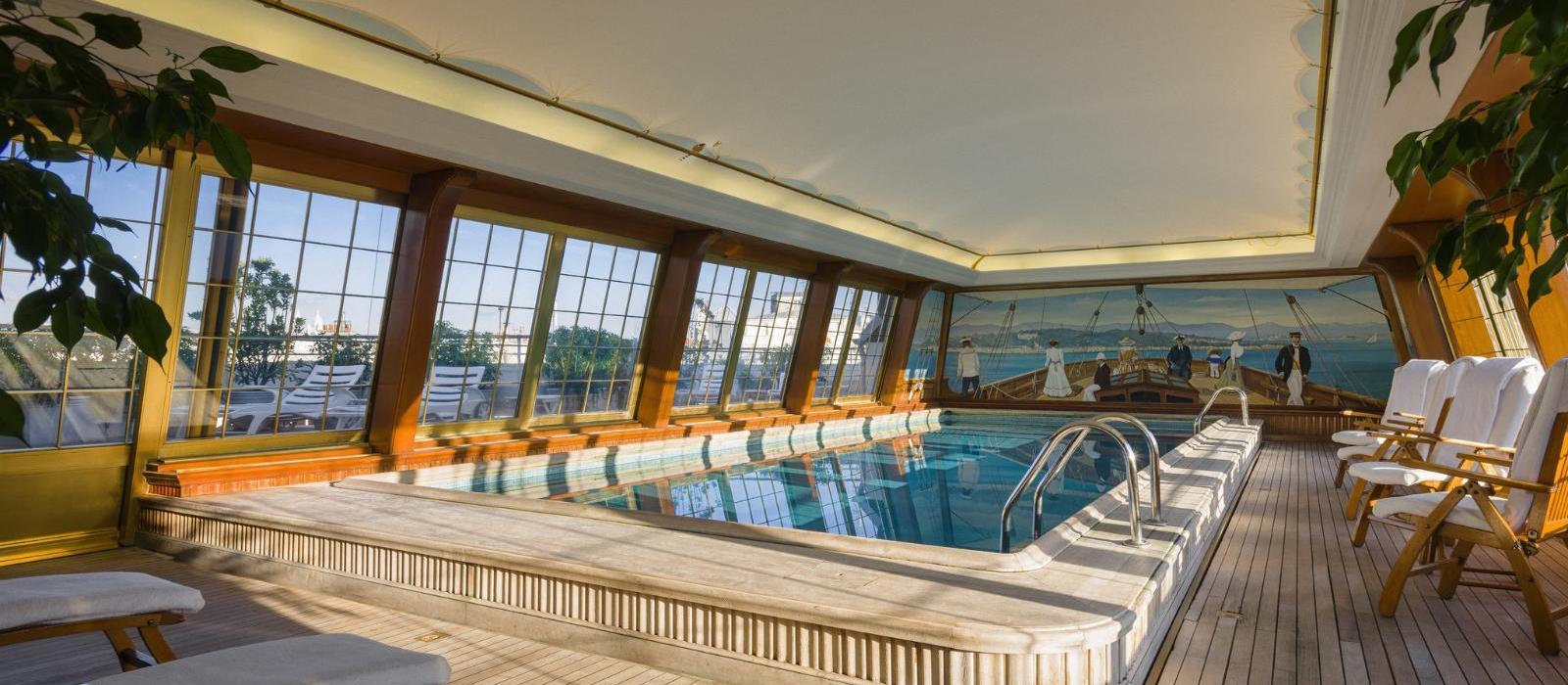 巴黎勒布里斯托酒店(Le Bristol Paris, Oetker Collection) 图片  www.lhw.cn