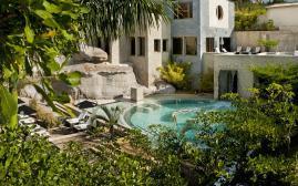 巴伊亚德尔杜克滨海度假酒店(Bahia del Duque)  www.lhw.cn