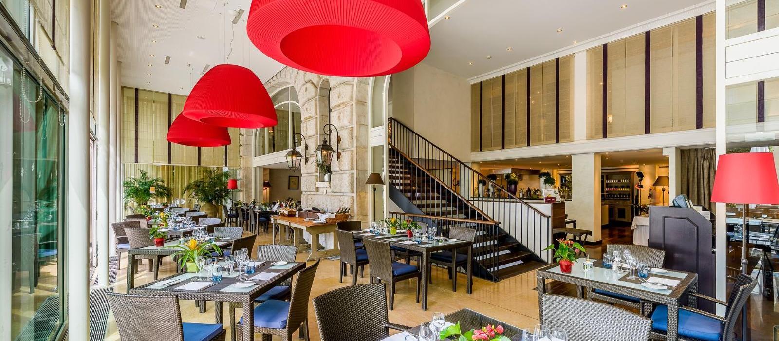 洛桑皇宫温泉酒店(Lausanne Palace) 图片  www.lhw.cn